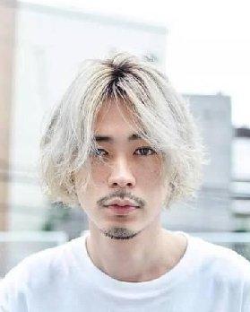 冬季男生什么发型好看?日系男生都尝试的发型