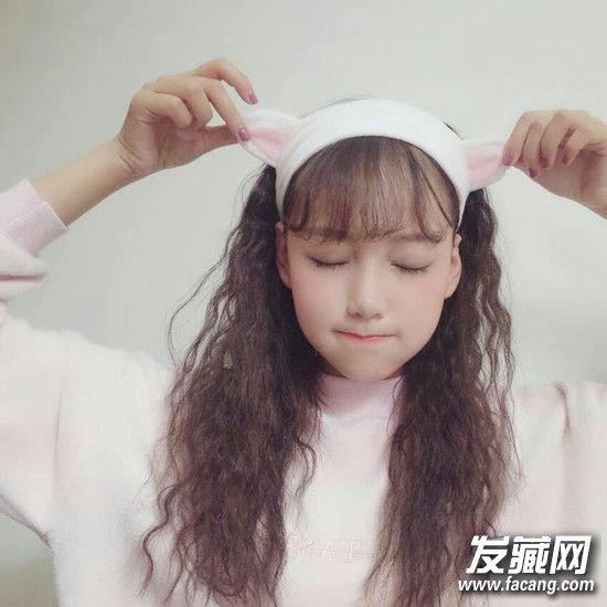 冬季女生超�鄣男【砻��l型 毛茸茸好治愈! 流行卷�l�D片