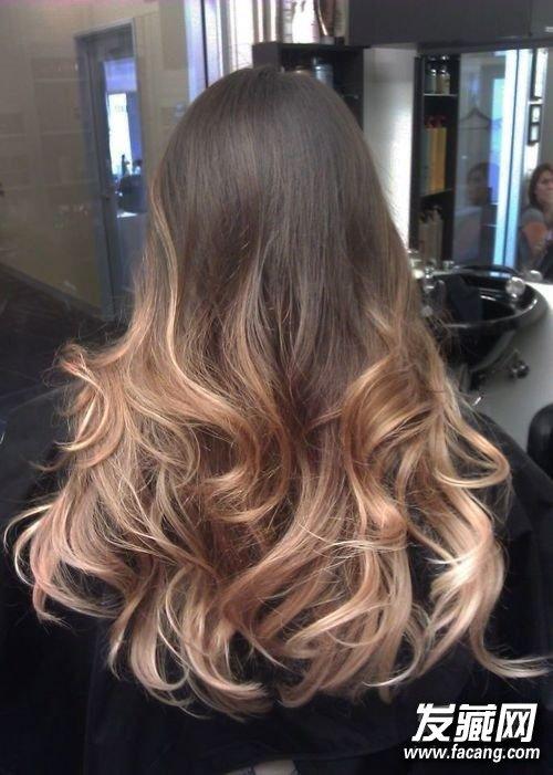 冬天最好看的还是卷发 哪款才是你的菜? 卷发发型图片女