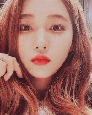 韩式栗棕色发色 2017年女生发型流行什么颜色?