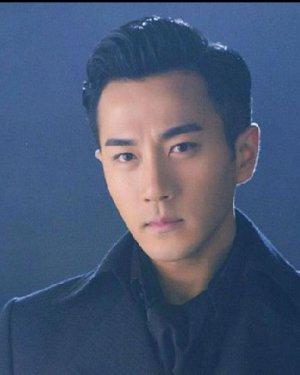 刘恺威留过的发型 时髦又帅气