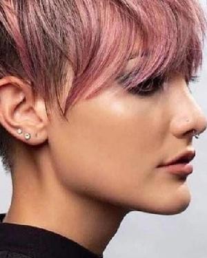 最新讨喜的精灵短发发型设计 时尚的精灵短头发发型