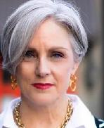 美国60岁时尚博主示范性 好用又好看的短发造型
