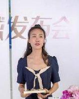 流行美x成龙御用造型师,掀起全球国潮发饰新风向!