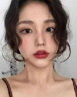 秋冬的5款大势刘海发型图片女!瘦脸好整理高额头也适合!